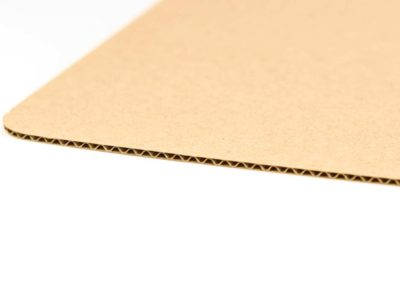 Three ply corrugated cardboard – type Е flute with brown face ply