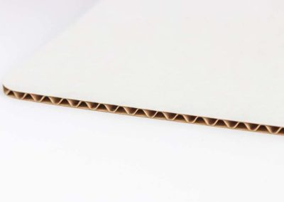 Three ply corrugated cardboard – type B flute with white face ply
